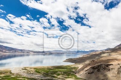 Wychodzący Tso Moriri (jezioro) w Moriri Ladakh, Indie