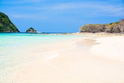 Wyspy i plaża w Andaman morzu, Tajlandia