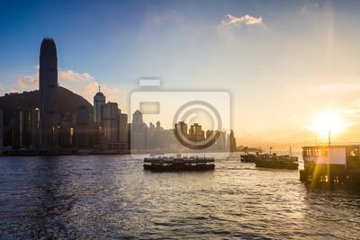 Zachód słońca nad portu Victoria w Hongkongu