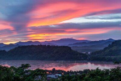 Obraz Zachód słońca nad rzeką Mekong, Mount Phousi, Luang Prabang, Laos