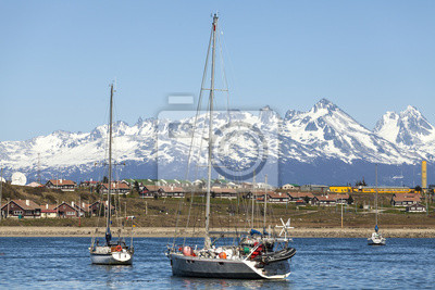 Żaglówki w porcie Ushuaia, Tierra del Fuego, Patagonia,