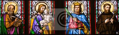 Obraz Zbliżenie secesyjnego witrażu Alfonsa Muchy, Katedra św. Wita, Zamek Praski, Czechy - St.Luke, St. Joseph, St. Sigismund, St. Guilelmus