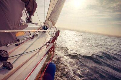 Obraz Żeglowania pod wiatr a
