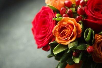 Obraz Zimowy lub jesienny bukiet z róż