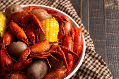 Plakat A Crawfish Boil with Corn on the Cob and Potatoes