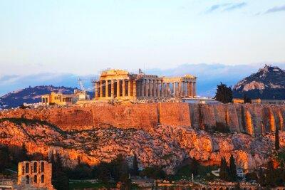 Plakat Akropol w Atenach, w Grecji w godzinach wieczornych