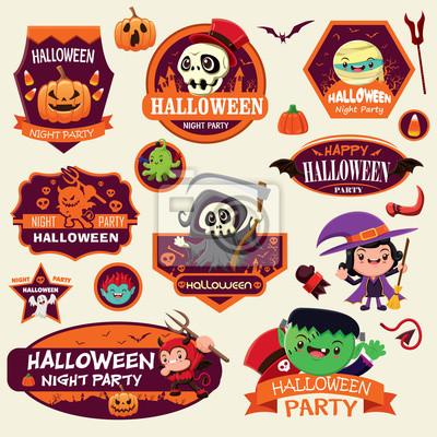Archiwalne projektu etykiety Halloween ze znakiem potwora wektorowego.