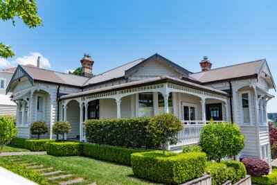 Plakat AUCKLAND, NEW ZEALAND - Dec 05, 2019: Houses in central Auckland