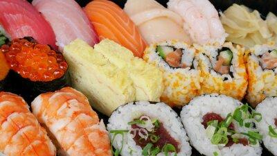 Plakat Bliskie japońskiej pyszne sushi w zestawie Lunch Box.