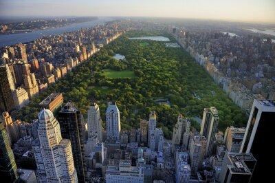 Plakat Central Park z lotu ptaka, Manhattan, New York; Park jest surrounde