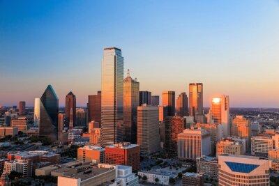 Plakat Dallas panoramę miasta o zmierzchu