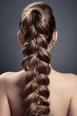 Plakat Długie brązowe włosy. Widok z tyłu