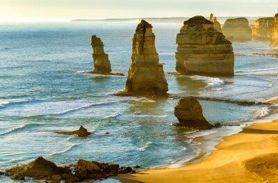 Plakat Dwunastu Apostołów o zachodzie słońca wzdłuż Great Ocean Road, Victoria -