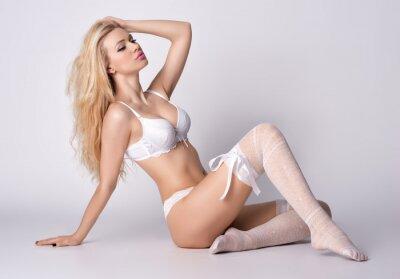 Plakat Dziewczyny w erotycznej bieliźnie pozowanie