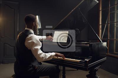 Plakat Ebony pianist, jazz performer on the stage