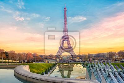 Plakat Eiffel Tower at sunset in Paris, France. Romantic travel background