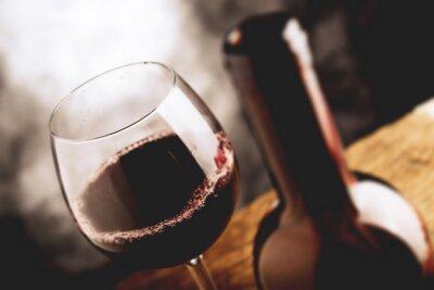Plakat Fine Wine - tilt shift selektywne focus efekt zdjęć