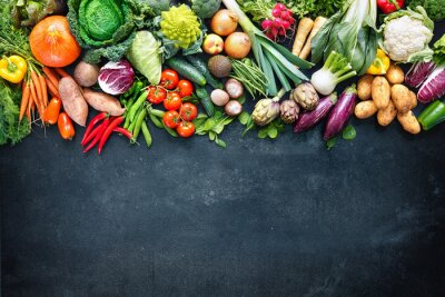 Plakat Food background with assortment of fresh organic vegetables