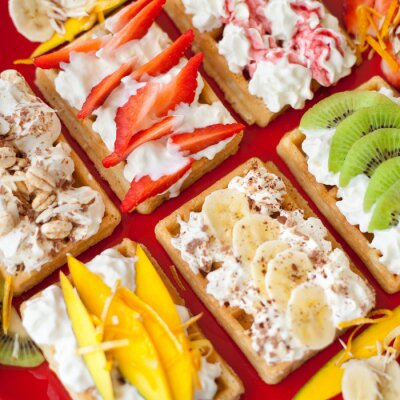 Plakat gofer Gofry cisto Bita Śmietana Owoce mango kiwi truskawki