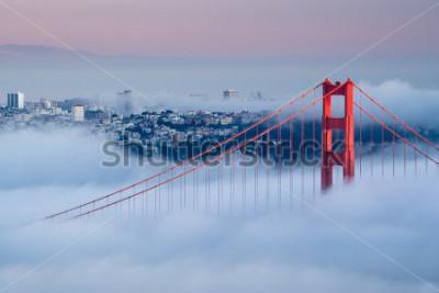 Plakat Golden Gate at dawn dostępne mgłą