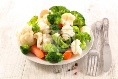 Plakat gotowane mieszane warzywa