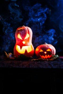 Halloween zdjęcie dwóch dynie i gałki ocznej