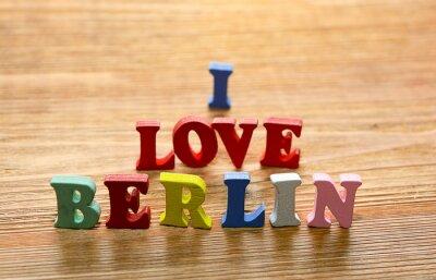 Plakat I Love Berlin litery na drewnie