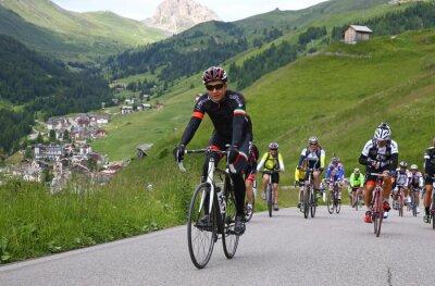Plakat Jazda na rowerze w włoskiej Alpi