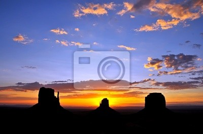 Kawice w Monument Valley, USA.