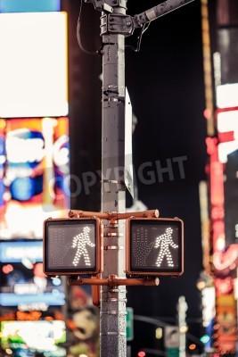 Plakat Keep walking New York znak drogowy z podświetlanym i niewyraźne tło