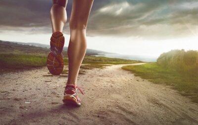 Plakat Kobieta Jogger na ścieżce nadmorskiej