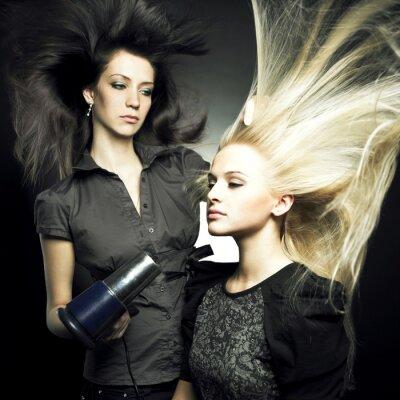 Plakat Kobieta w salonie piękności