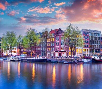 Plakat Kolorowe wiosny słońca na kanałach Amsterdamu