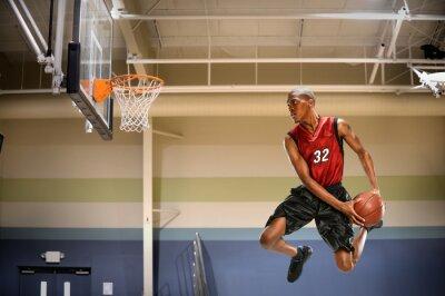 Plakat Koszykarz w działaniu