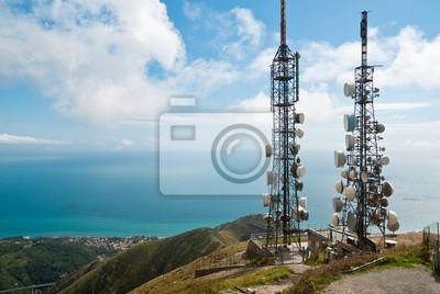 Plakat Krajobraz wieże telekomunikacyjne