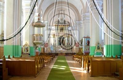 Kryty Kościół chrześcijański ze światłami