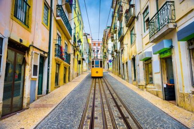 Plakat Lizbona, Portugalia Old Town Pejzaż i tramwajowy