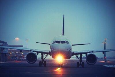 Plakat Lotnisko w nocy
