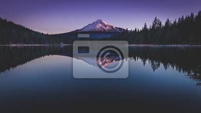 Plakat lustro jeziora