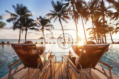 Plakat luxury travel, romantic beach getaway holidays for honeymoon couple, tropical vacation in luxurious hotel