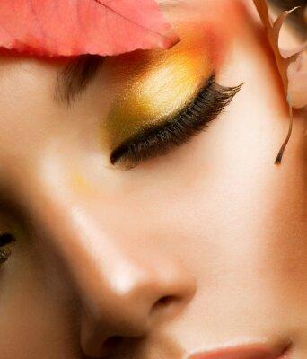 Plakat Makijaż Jesień. Spadek profesjonalne Closeup makijażu