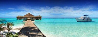Plakat Malediwy, sen podróż, piękny, słoneczny, egzotyczne wakacje. Odpoczynek na jachcie