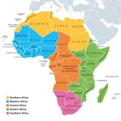 Plakat Mapa regionów Afryki z pojedynczymi krajami. Geoscheme Narodów Zjednoczonych. Północna, Zachodnia, Środkowa, Wschodnia i Południowa Afryka w różnych kolorach. Etykietowanie w języku angielskim. Ilustr