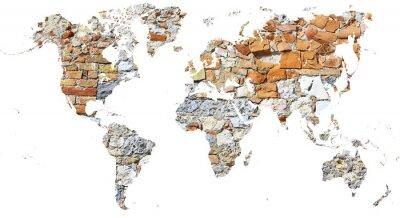 Plakat Mapa świata wycięta w starożytnym murze z cegieł i kamieni