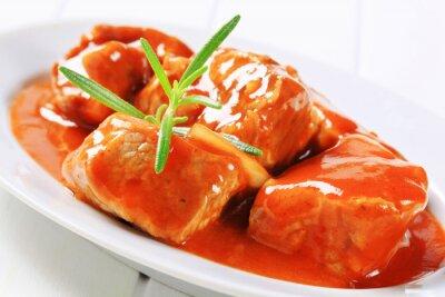Plakat Mięso wieprzowe w sosie pomidorowym
