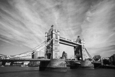 Plakat monochromatyczny widok Tower Bridge w Londynie