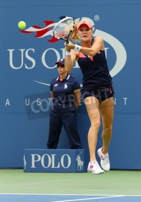 Plakat NEW YORK - 26 sierpnia tenisistka Agnieszka Radwańska w pierwszym meczu rundy w US Open w 2013 roku Silvia Soler-przeciwko Espinosa na Billie Jean King Narodowego Tennis Center 26 sierpnia 2013 roku,