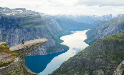 Plakat Norwegia Góry Vibrant Pejzaż Trolltunga Odda Fjord Norge Cześć