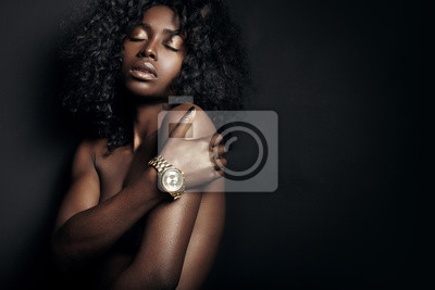 Plakat nude black woman with a watch