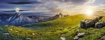 Plakat Ogromne kamienie w dolinie na wierzchu gór
